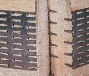 Проектируем и производим деревянные фермы на металлических зубчатых пластинах для перекрытих, стропильных систем и большепролетных конструкций.