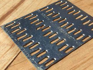 Деревянные стропильные фермы на металлических зубчатых пластинах.